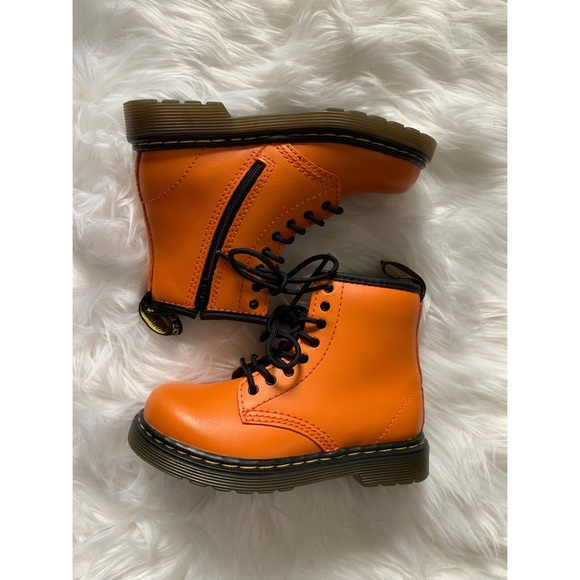 fresh styles differently watch 🎃Dr Martens Brooklee Pumpkin Orange boots🎃